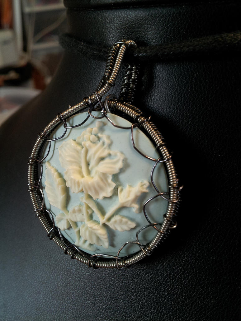 Guitar string poppy cameo by BacktoEarthCreations