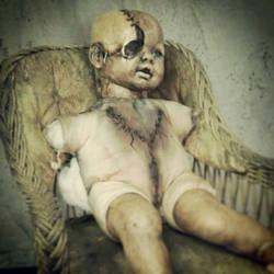 creepy doll by demskicreations