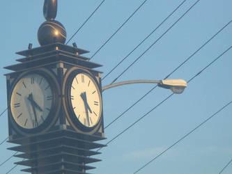 Little Clock Tower by nmbmaximuz