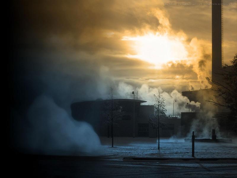 Freezy Smoke by StrixCZ