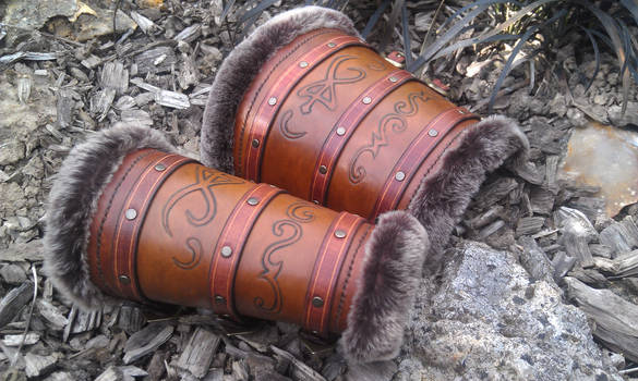 leather vambrace for barbaric mage ! LARP