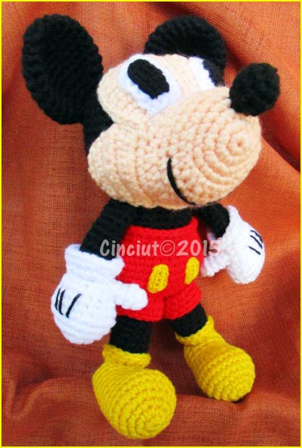 Mickey mouse by Cinciut