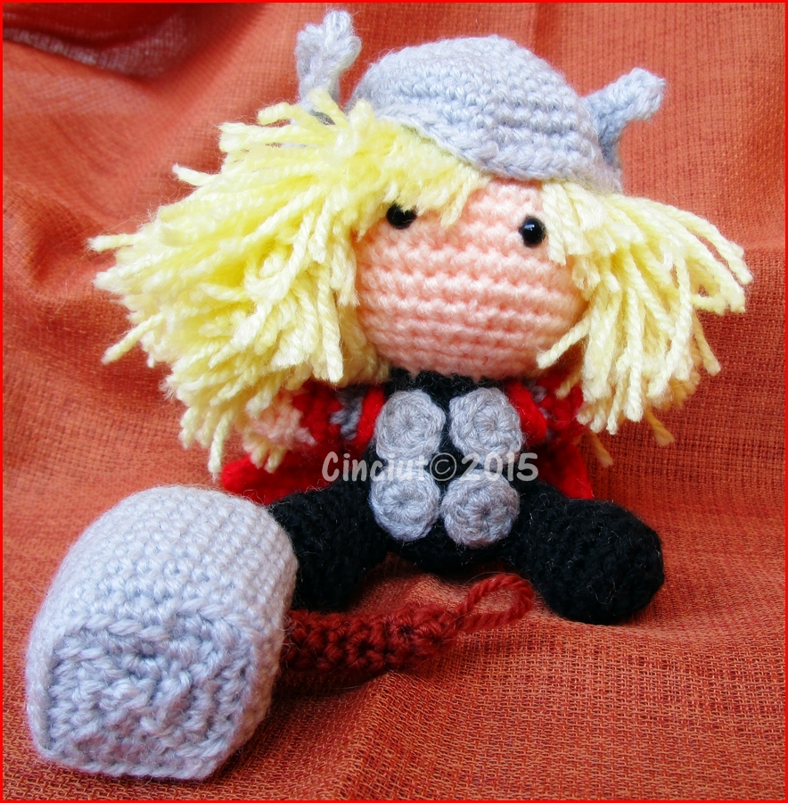 Amigurumi Thor by Cinciut
