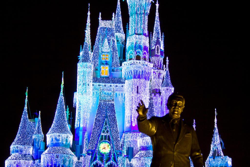 MK Cinderella Castle Xmas 15 by AreteStock