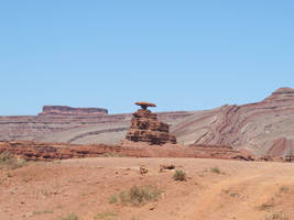 Mexican Hat Rock Formation by RozenGT