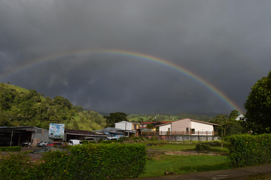 Costa Rican Rainbow #1 by RozenGT