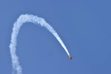 Stunt Plane by RozenGT