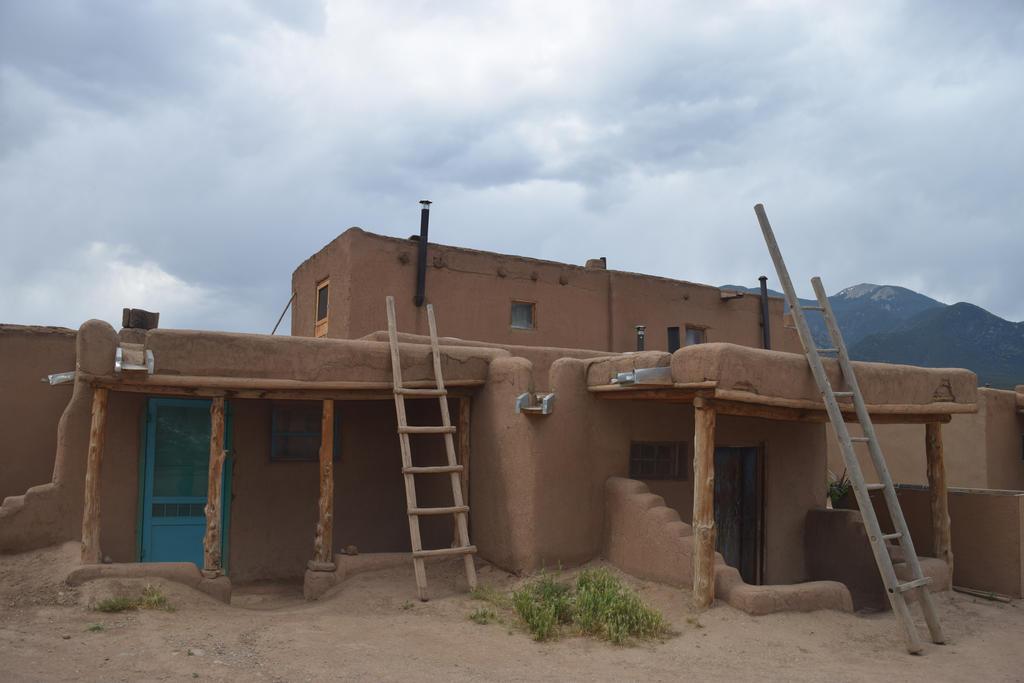 Taos Pueblo 2