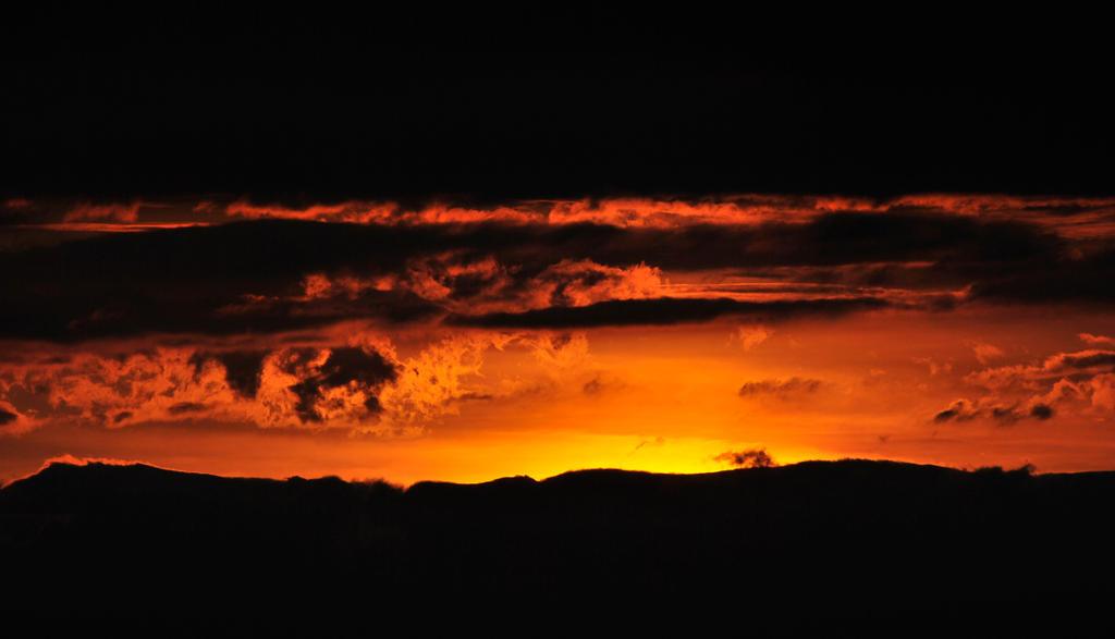 Breaking Dawn by Kancano