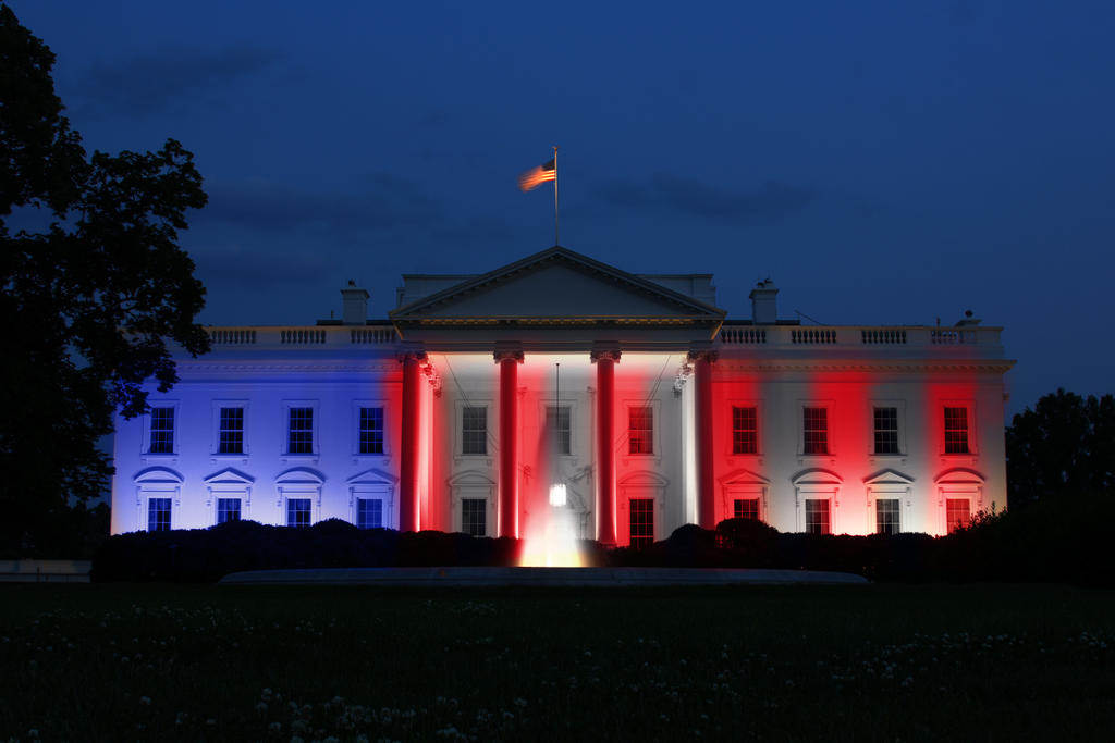 white_house_pride_colors_by_rene_l-d8ztv