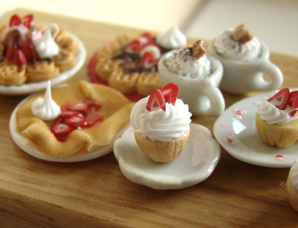 Miniature Whipped Cream - 1 by PetitPlat