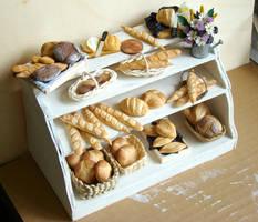 Bread Display by PetitPlat