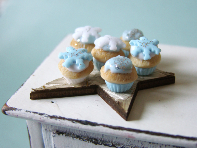 Winter Cupcakes by PetitPlat