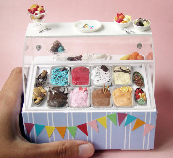 Miniature Ice Cream Display 2 by PetitPlat