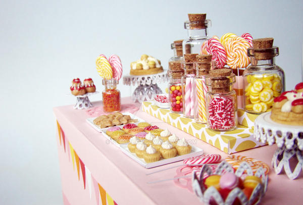 Candy Dessert Table - 1 by PetitPlat