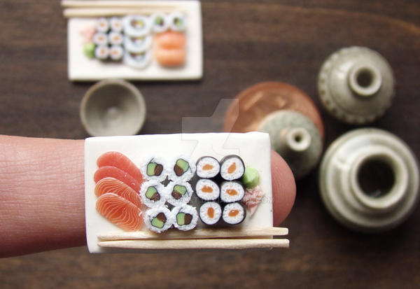 Miniature Sushi on my FInger by PetitPlat
