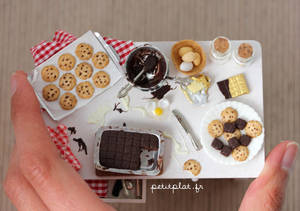 Miniature Baking Day Table - Size by PetitPlat