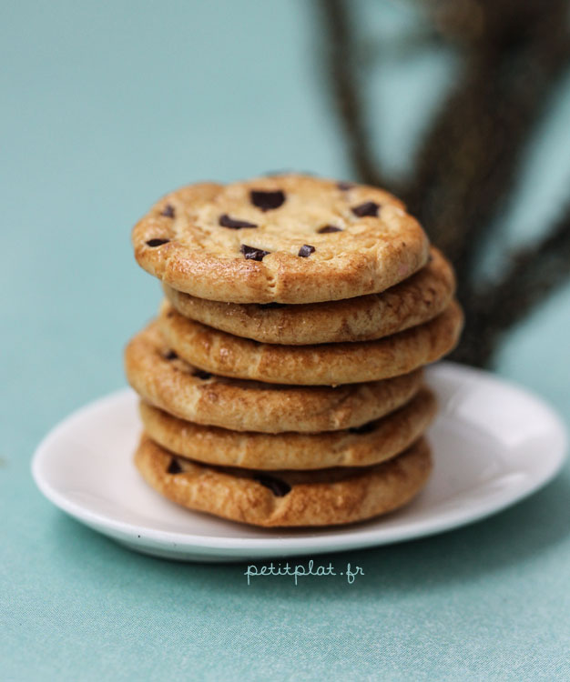 Cookie Necklace #2 by PetitPlat