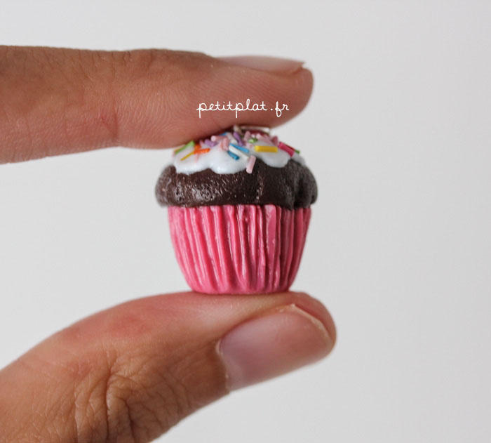 New Cupcake Pendant 2 by PetitPlat
