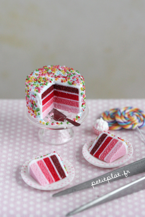 Miniature Cake - Shades of Pink by PetitPlat