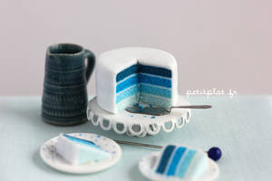 Miniature Cake - Shades of Blue