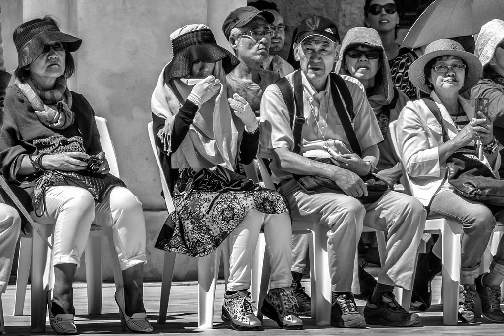 Spectators II by HMTX8