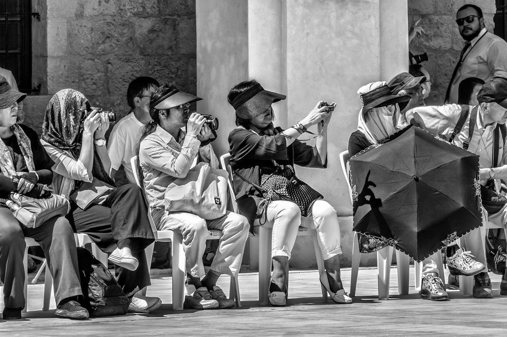 Spectators III by HMTX8