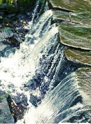 waterfall by metalik-fairy