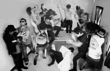 Harlem Shake by alexandriavengeance