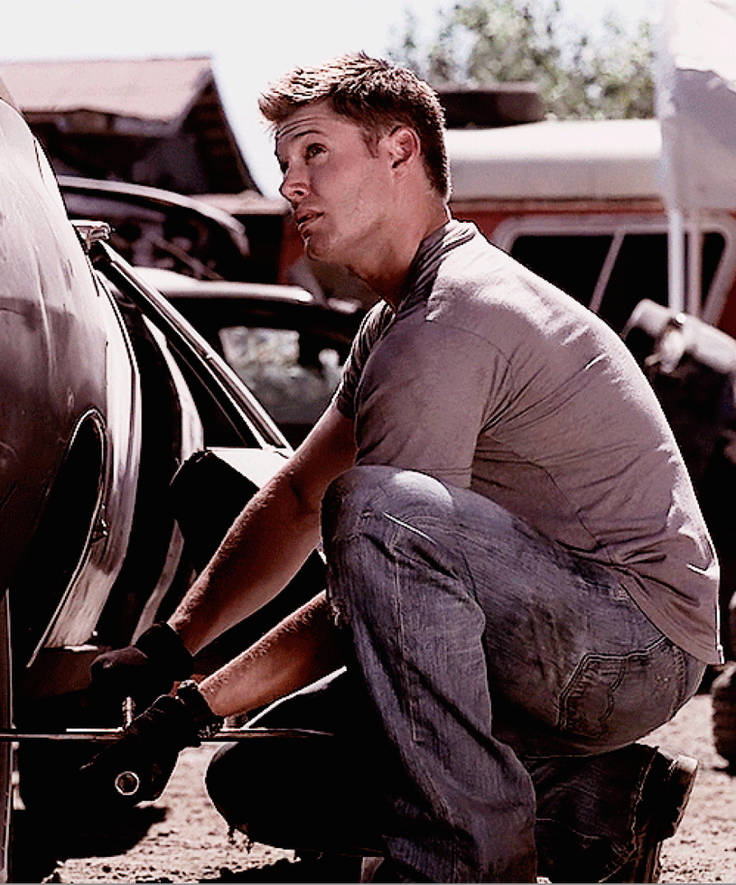 Car Troubles (Mechanic!Dean Winchester x Reader) by d0gss on