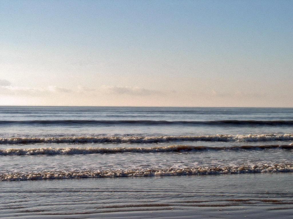 Wallpaper - Ocean by J-Y-M