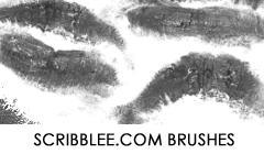 Lipstick Kisses Brush Set by justcar