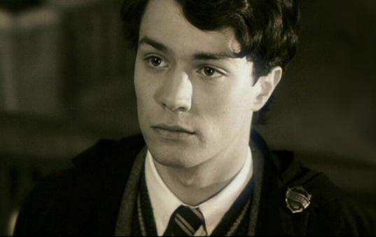 The power of love [Tom Riddle x Reader] by Barbychan on