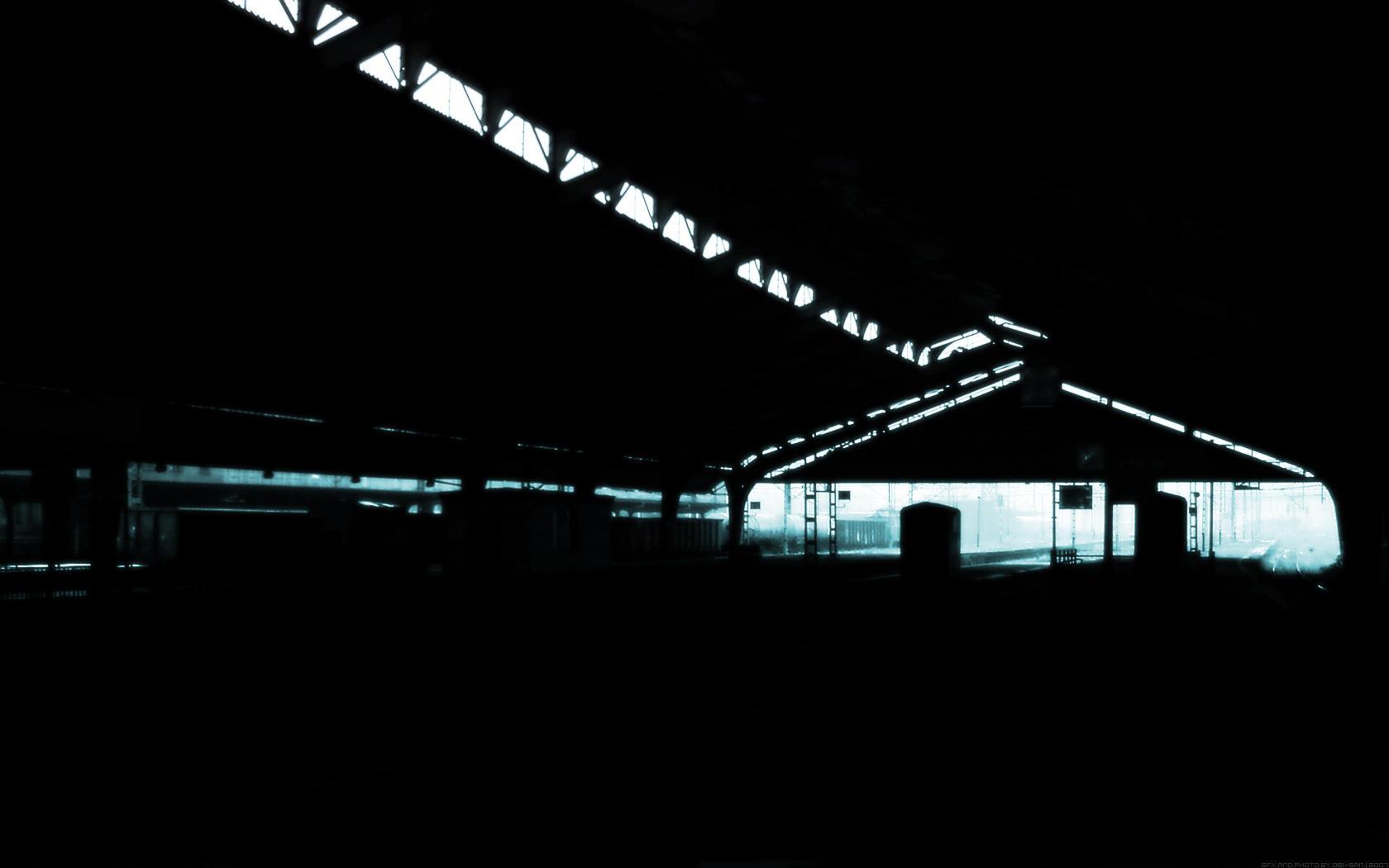 http://fc09.deviantart.net/fs24/i/2007/317/5/8/Forgotten_by_Obi_S4n.jpg