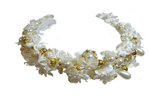 White and Gold Tiara psd by GRANNYSATTICSTOCK