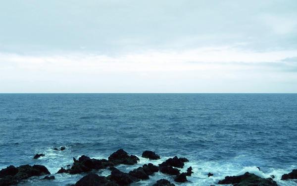 Blue Waves by Benijamino