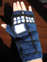 TARDIS Gauntlets Pattern by ornate-simplicity