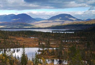 View to Majavatn by Mycelius