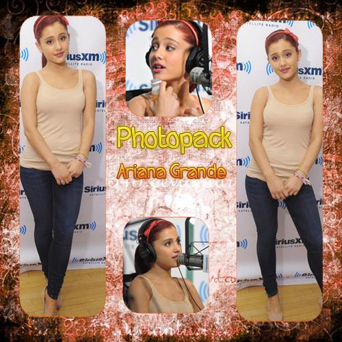 Photopack Ariana Grande 001(en zip) by MarceGrachulienta