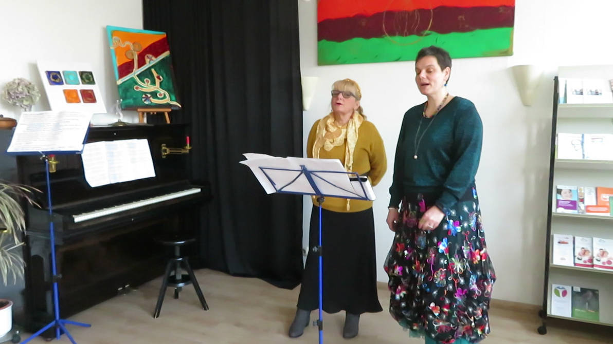 Inge and Mathilde singing today at their exhibitio