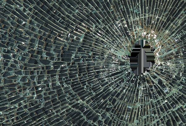 Broken Glass Ps...