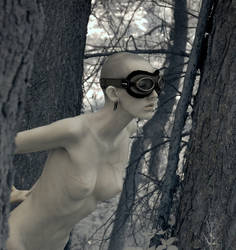 IR Nude in Nature by rrebold
