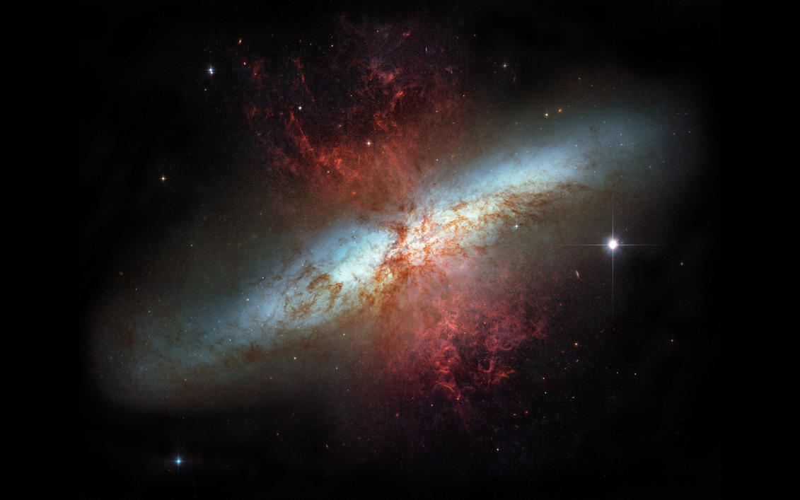 Starburst Galaxy M82 by MadqaZ