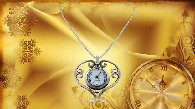 Clock Heart Necklace