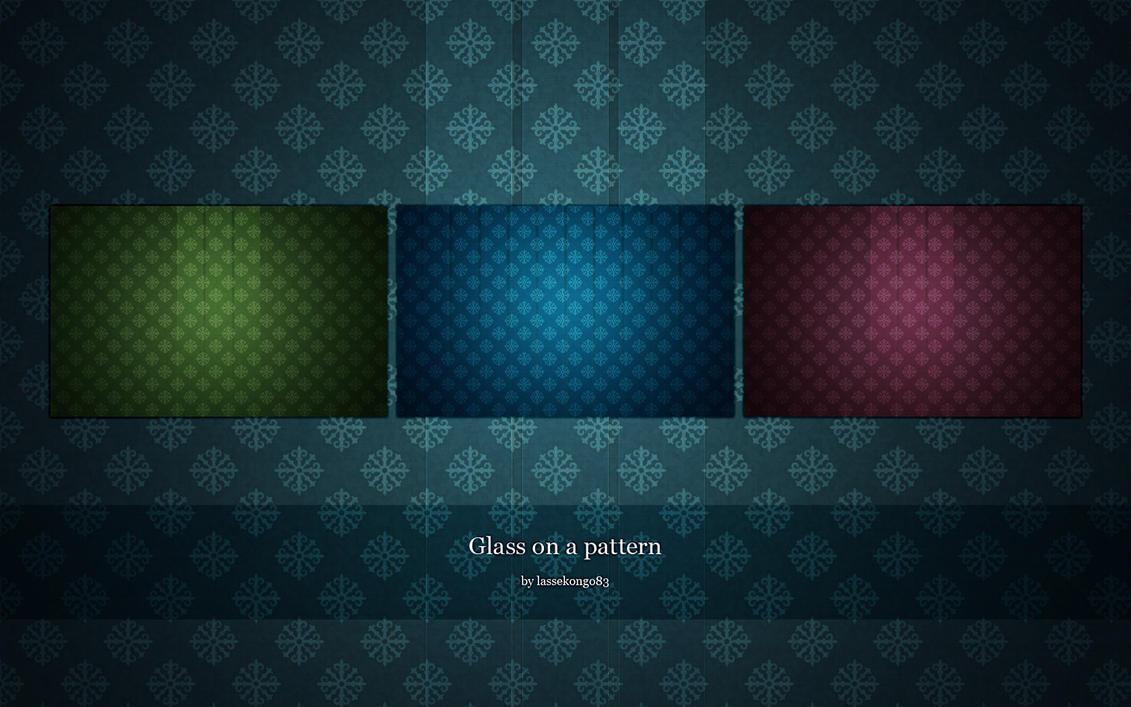 Glass_on_a_pattern_by_lassekongo83.jpg