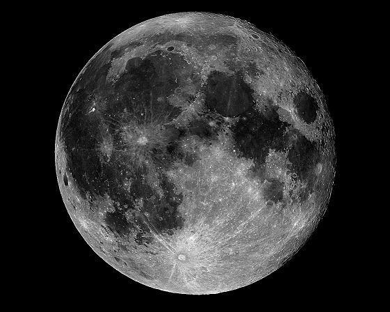 how big is the moon - HD1119×896