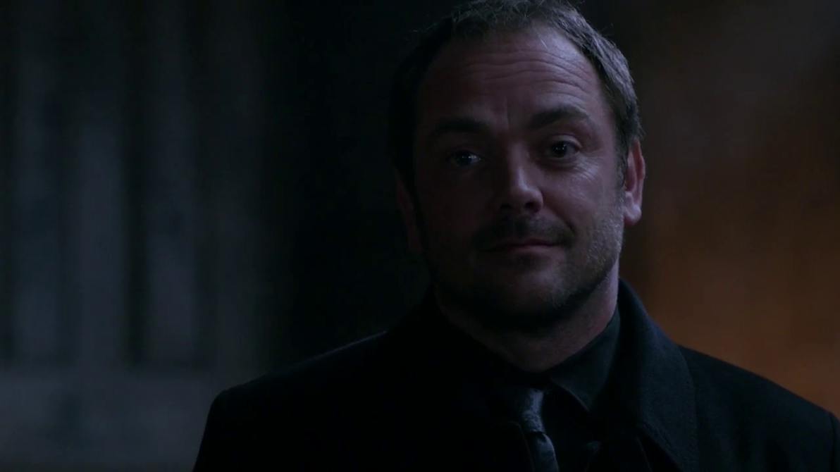 crowley chatrooms Chat-rooms totalizzyness summary: apocalypse averted, sam and dean are living at bobby's, with their angels, and crowley work text:.