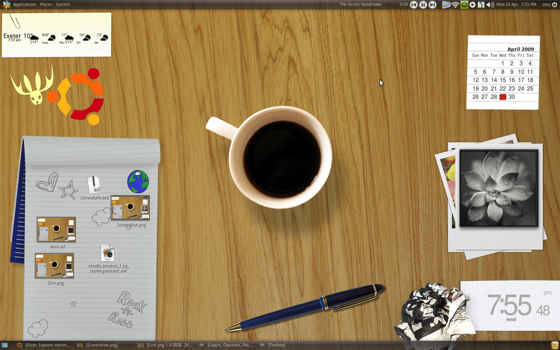 TableTop Ubuntu Wallpaper by d0od