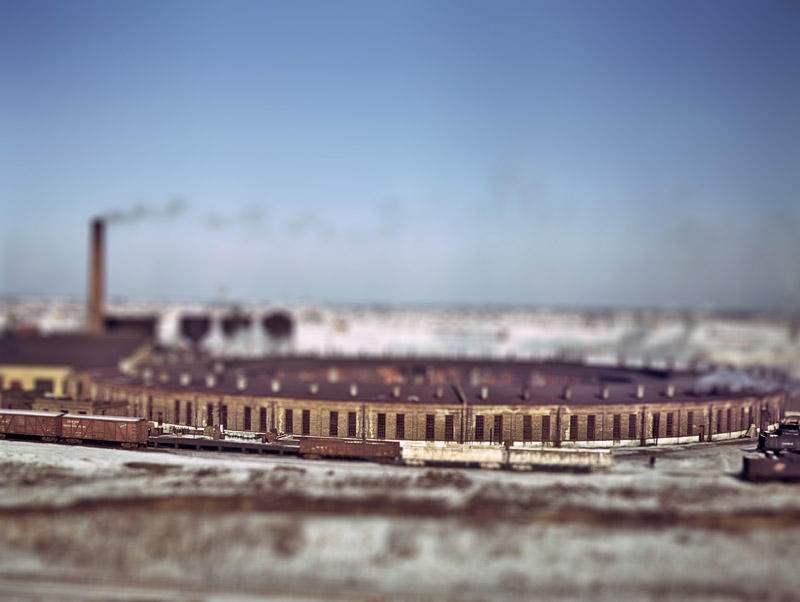 Better Tilt Shift Action by blnkdsgn
