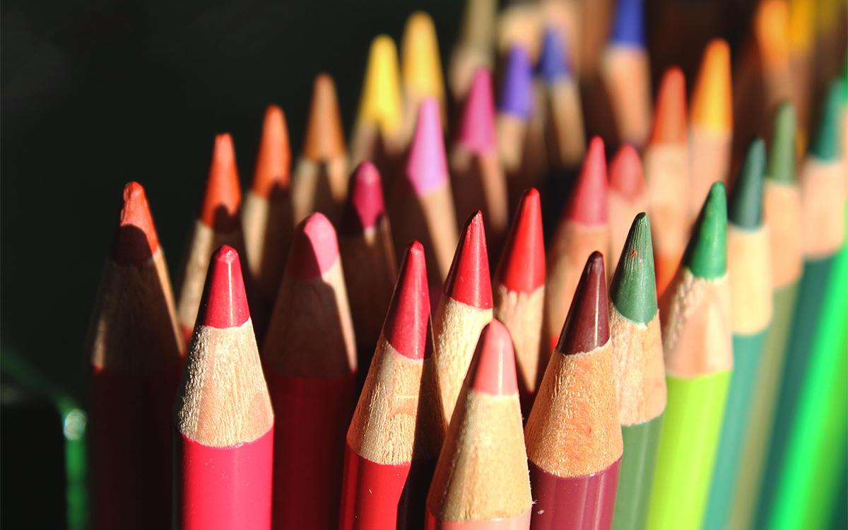 ライトアップ色鉛筆